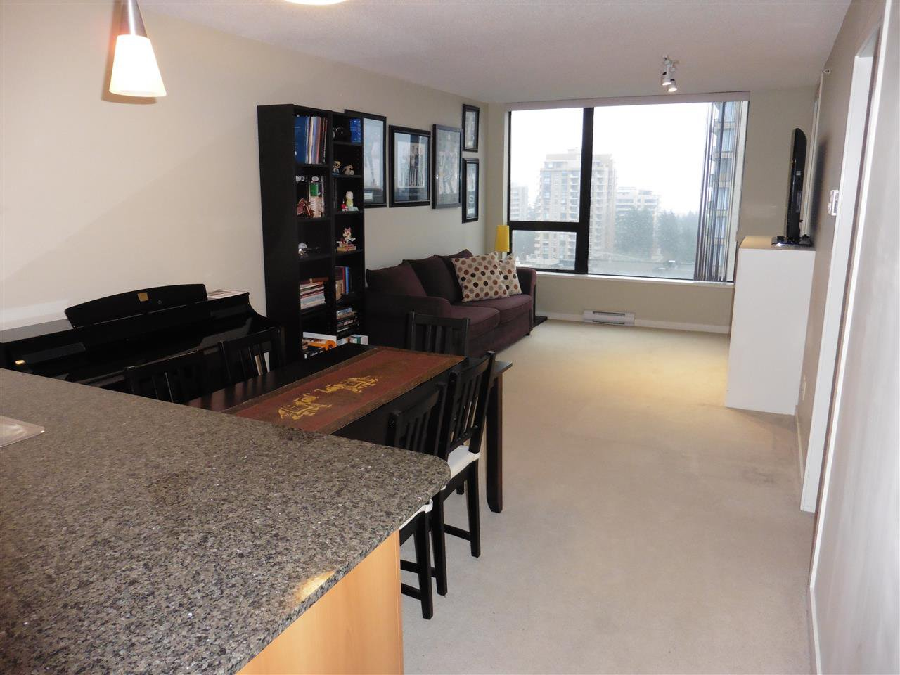 """Photo 5: Photos: 1101 7108 COLLIER Street in Burnaby: Highgate Condo for sale in """"ARCADIA WEST"""" (Burnaby South)  : MLS®# R2317674"""