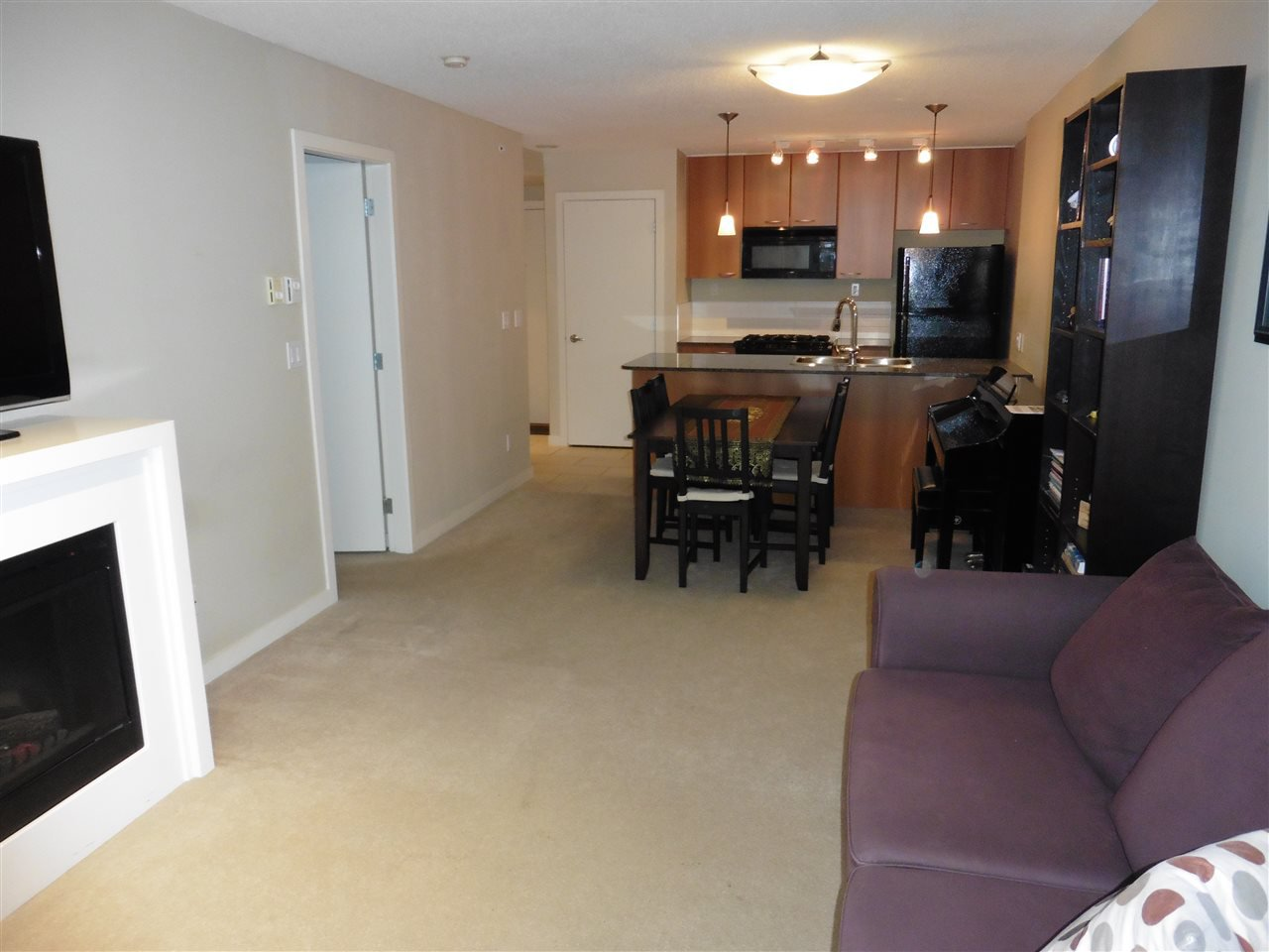 """Photo 2: Photos: 1101 7108 COLLIER Street in Burnaby: Highgate Condo for sale in """"ARCADIA WEST"""" (Burnaby South)  : MLS®# R2317674"""