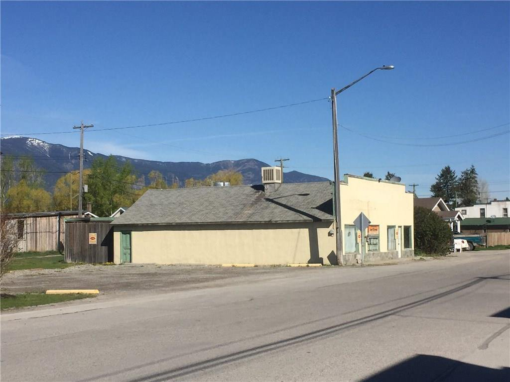 Main Photo: 8921 Grainger Road in Canal Flats: Industrial for sale : MLS®# 2437380