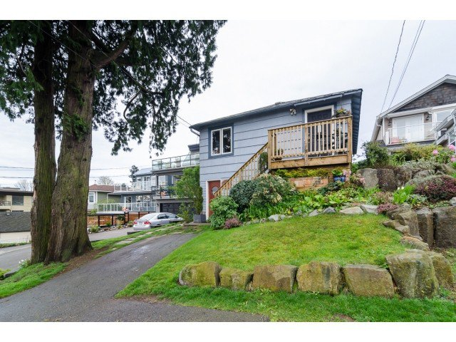 Main Photo: 849 PARKER ST: White Rock House for sale (South Surrey White Rock)  : MLS®# F1436997