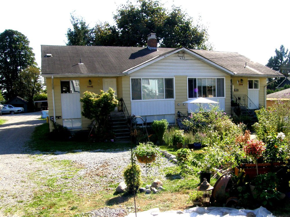 Main Photo: 33430 33440 3RD Ave in Mission: Home for sale : MLS®# F1322021