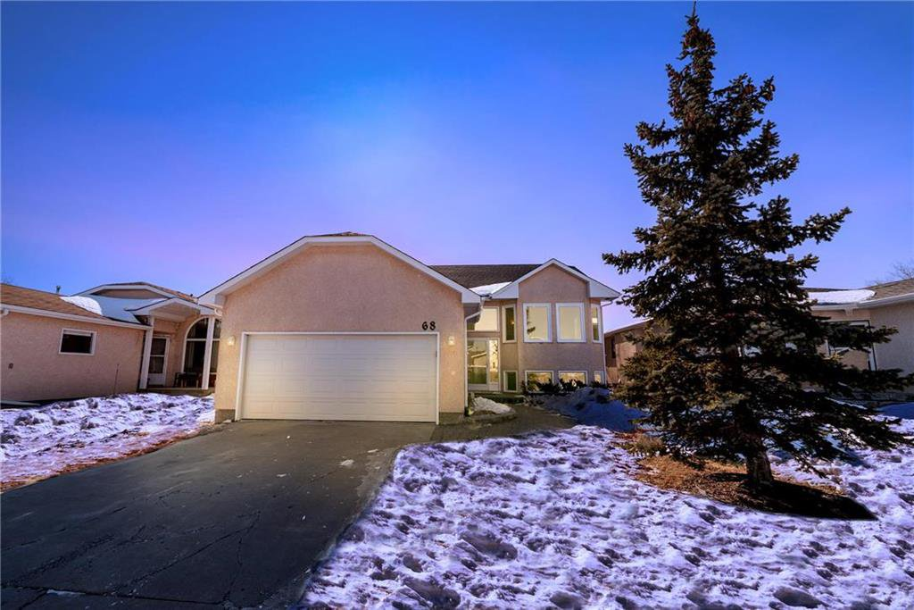 Main Photo: 68 Marygrove Crescent | Whyte Ridge Winnipeg
