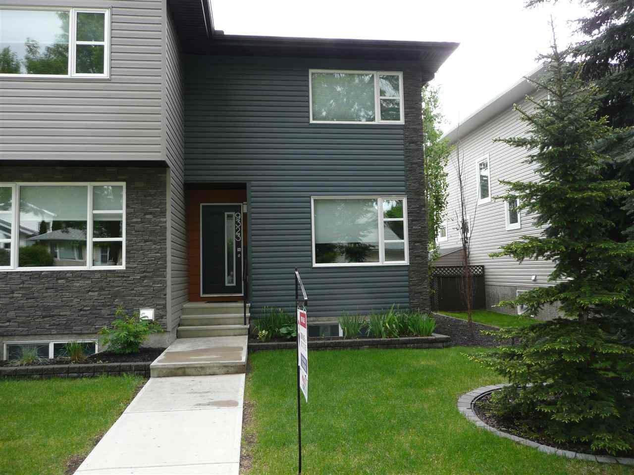 Main Photo: 9323 93 Street NW in Edmonton: Zone 18 House Triplex for sale : MLS®# E4202540