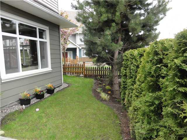 """Photo 10: Photos: 15 6300 LONDON Road in Richmond: Steveston South Townhouse for sale in """"MCKINNEY CROSSING"""" : MLS®# V888003"""