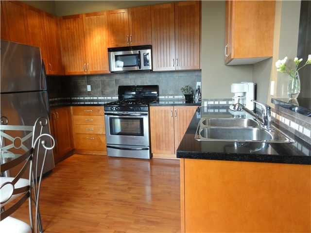 """Photo 3: Photos: 15 6300 LONDON Road in Richmond: Steveston South Townhouse for sale in """"MCKINNEY CROSSING"""" : MLS®# V888003"""