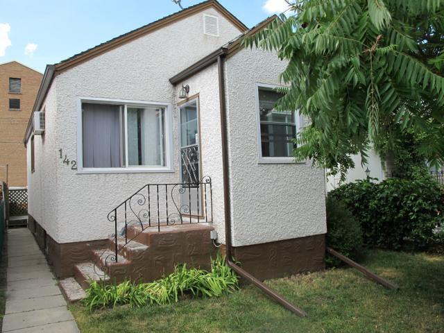 Main Photo:  in WINNIPEG: East Kildonan Residential for sale (North East Winnipeg)  : MLS®# 1116487