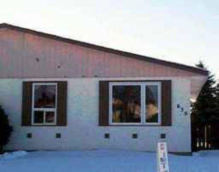 Main Photo: 630 Hamilton Avenue: Condominium for sale (Crestview)  : MLS®# 2313853