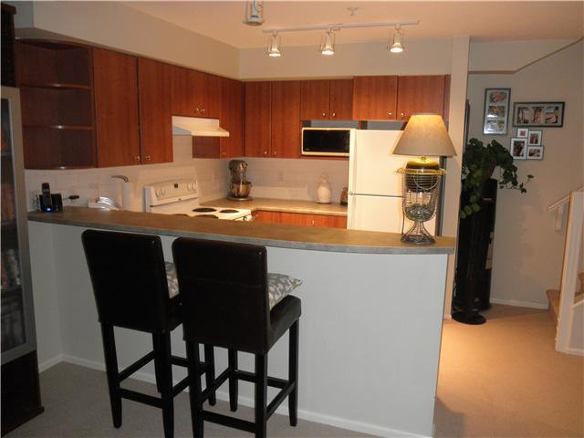 "Photo 5: Photos: # 23 7503 18TH ST in Burnaby: Edmonds BE Condo for sale in ""SOUTHBOROUGH"" (Burnaby East)  : MLS®# V963235"