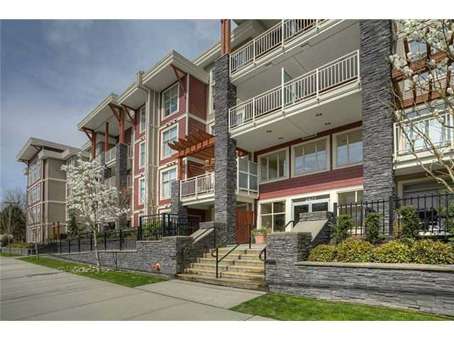 Main Photo: 311 2477 KELLY Avenue in Port Coquitlam: Central Pt Coquitlam Condo for sale : MLS®# V942994