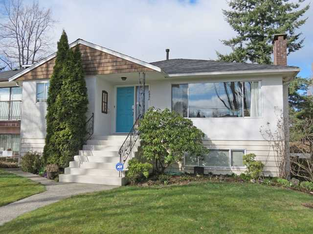 """Main Photo: 3533 GLADSTONE Street in Vancouver: Grandview VE House for sale in """"Trout Lake Park"""" (Vancouver East)  : MLS®# V1051793"""
