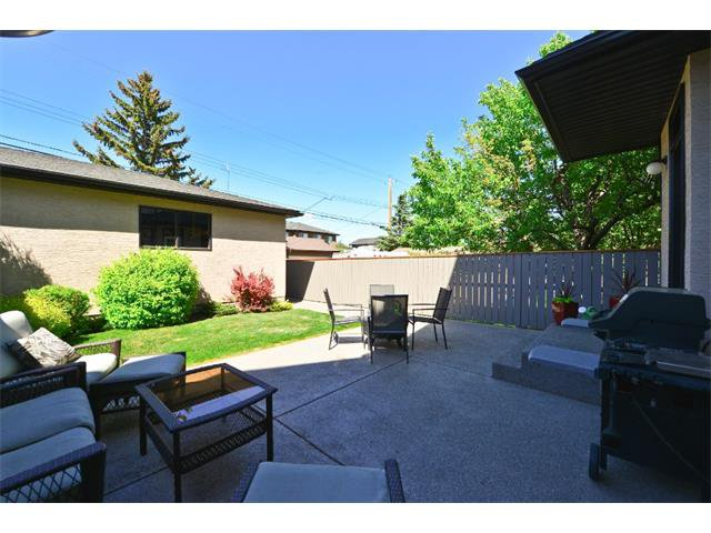 Photo 20: Photos: 740 22 Avenue NW in Calgary: Mount Pleasant House for sale : MLS®# C4016208