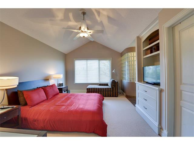 Photo 10: Photos: 740 22 Avenue NW in Calgary: Mount Pleasant House for sale : MLS®# C4016208