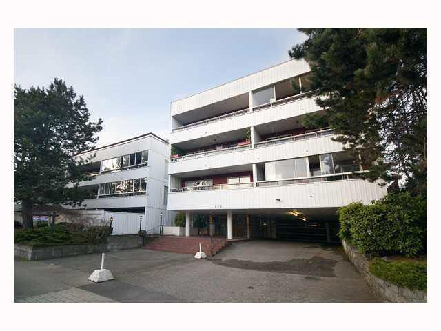 "Main Photo: 102 250 W 1ST Street in North Vancouver: Lower Lonsdale Condo for sale in ""CHINOOK HOUSE"" : MLS®# R2032187"