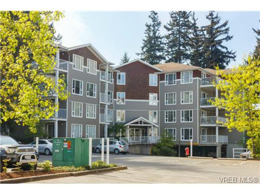 Main Photo: 108 893 Hockley Ave in VICTORIA: La Langford Proper Condo for sale (Langford)  : MLS®# 729570