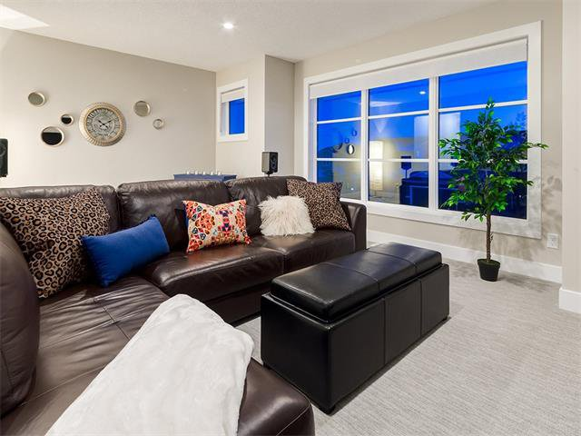 Photo 31: Photos: 30 EVANSVIEW Court NW in Calgary: Evanston House for sale : MLS®# C4105469