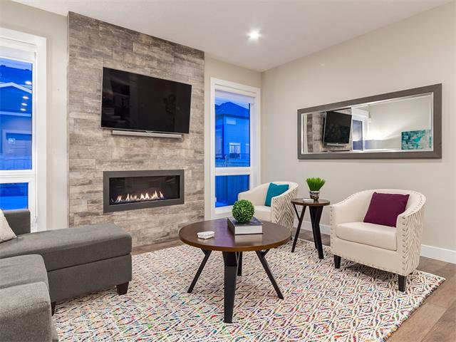 Photo 17: Photos: 30 EVANSVIEW Court NW in Calgary: Evanston House for sale : MLS®# C4105469