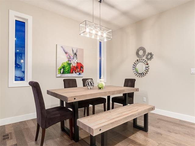 Photo 15: Photos: 30 EVANSVIEW Court NW in Calgary: Evanston House for sale : MLS®# C4105469