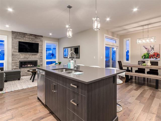 Photo 6: Photos: 30 EVANSVIEW Court NW in Calgary: Evanston House for sale : MLS®# C4105469