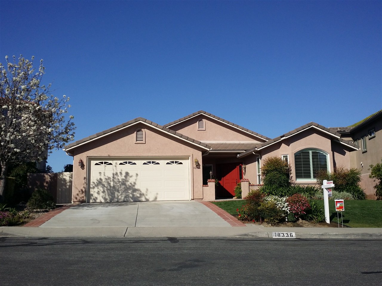 Main Photo: RANCHO BERNARDO House for sale : 4 bedrooms : 18336 LINCOLNSHIRE  Street in San Diego