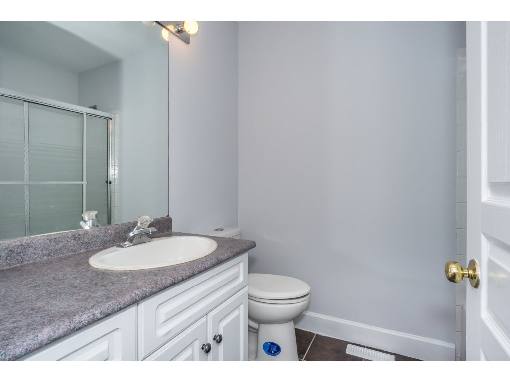Photo 17: Photos: 3339 Siskin Dr - Upper in Abbotsford: House for rent