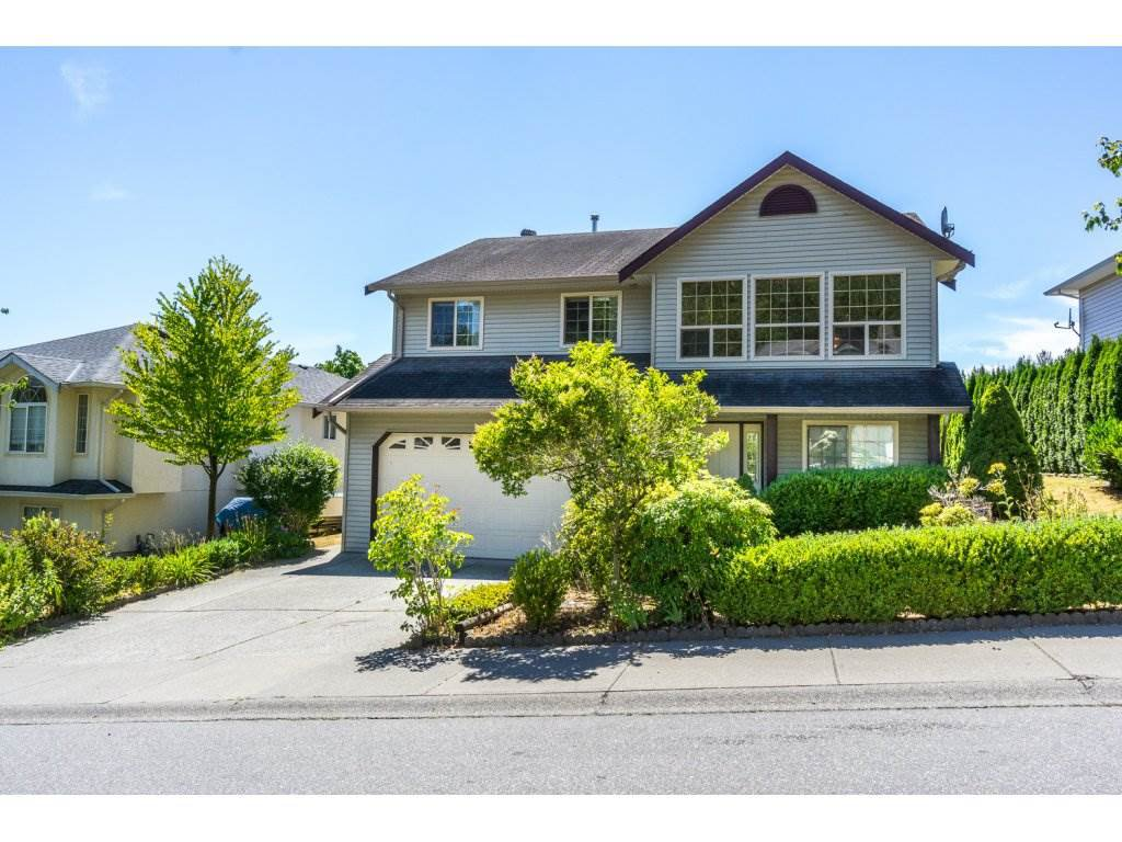 Photo 2: Photos: 3339 Siskin Dr - Upper in Abbotsford: House for rent