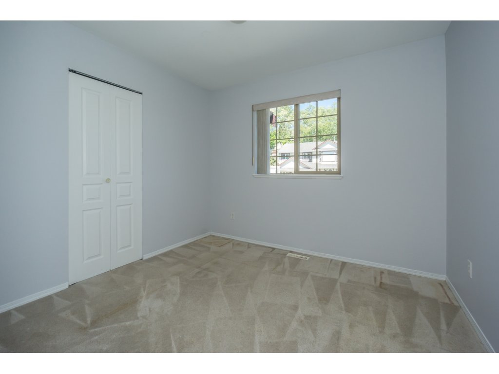 Photo 16: Photos: 3339 Siskin Dr - Upper in Abbotsford: House for rent