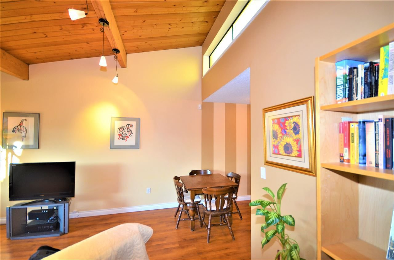 Photo 7: Photos: 322 3921 CARRIGAN Court in Burnaby: Government Road Condo for sale (Burnaby North)  : MLS®# R2226288
