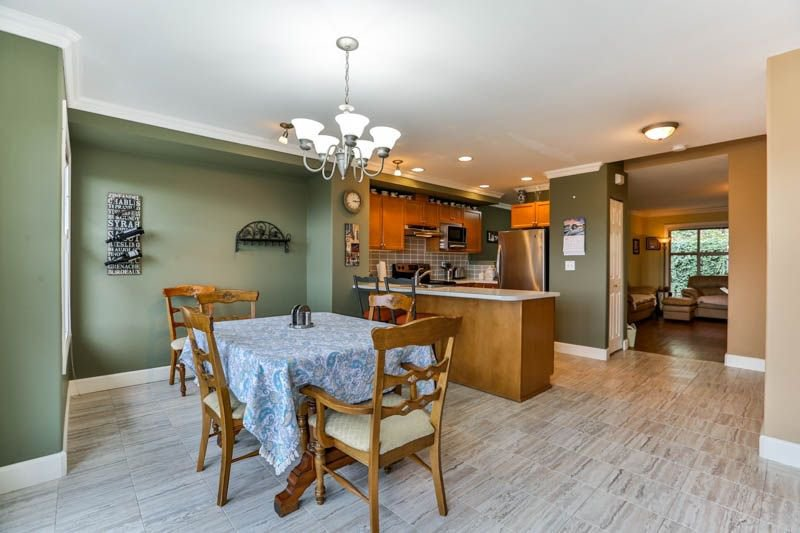 Photo 7: Photos: 20 46858 RUSSELL Road in Sardis: Promontory Townhouse for sale : MLS®# R2261409