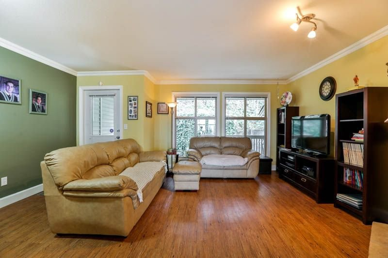 Photo 3: Photos: 20 46858 RUSSELL Road in Sardis: Promontory Townhouse for sale : MLS®# R2261409