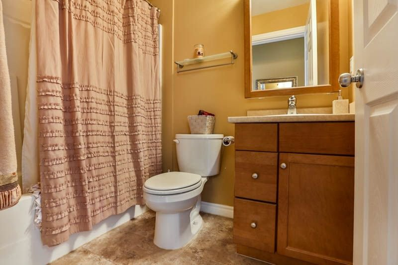 Photo 17: Photos: 20 46858 RUSSELL Road in Sardis: Promontory Townhouse for sale : MLS®# R2261409