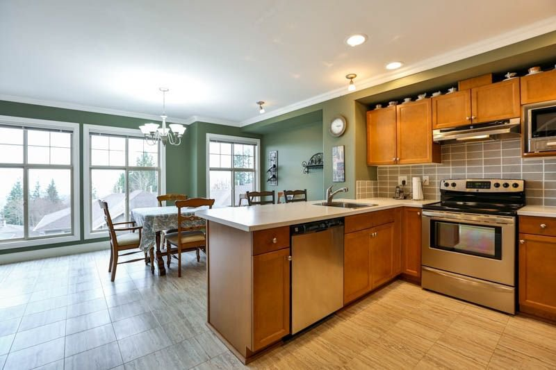 Photo 5: Photos: 20 46858 RUSSELL Road in Sardis: Promontory Townhouse for sale : MLS®# R2261409