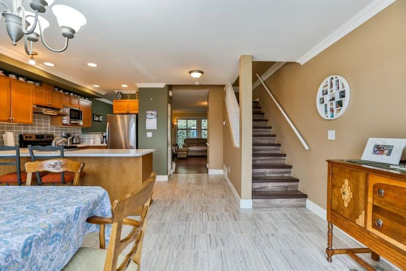 Photo 8: Photos: 20 46858 RUSSELL Road in Sardis: Promontory Townhouse for sale : MLS®# R2261409
