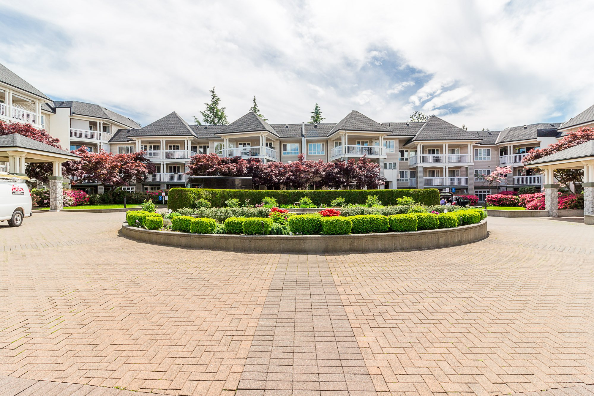 """Photo 29: Photos: 412 22022 49 Avenue in Langley: Murrayville Condo for sale in """"Murray Green"""" : MLS®# R2266359"""