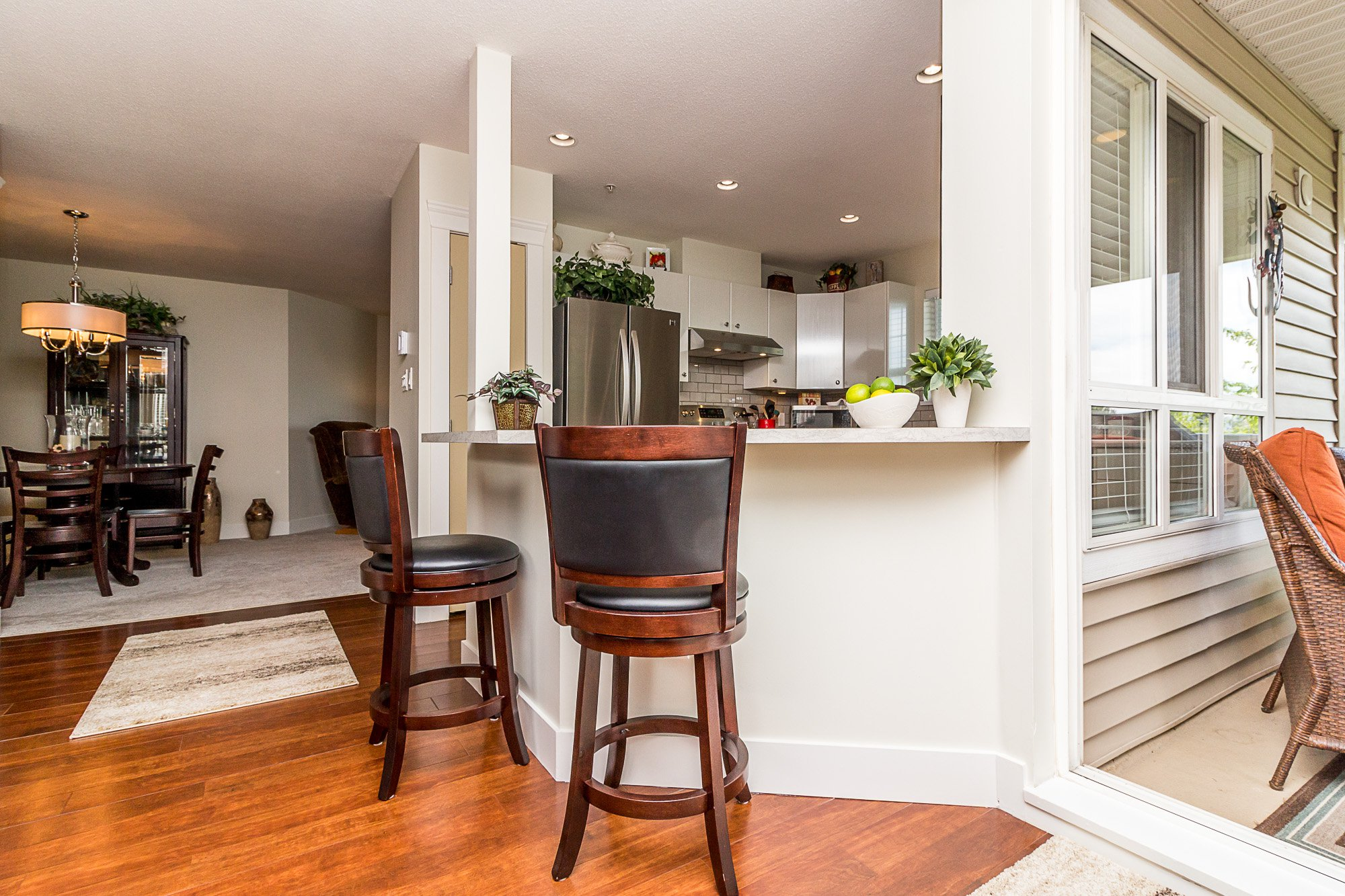 """Photo 11: Photos: 412 22022 49 Avenue in Langley: Murrayville Condo for sale in """"Murray Green"""" : MLS®# R2266359"""