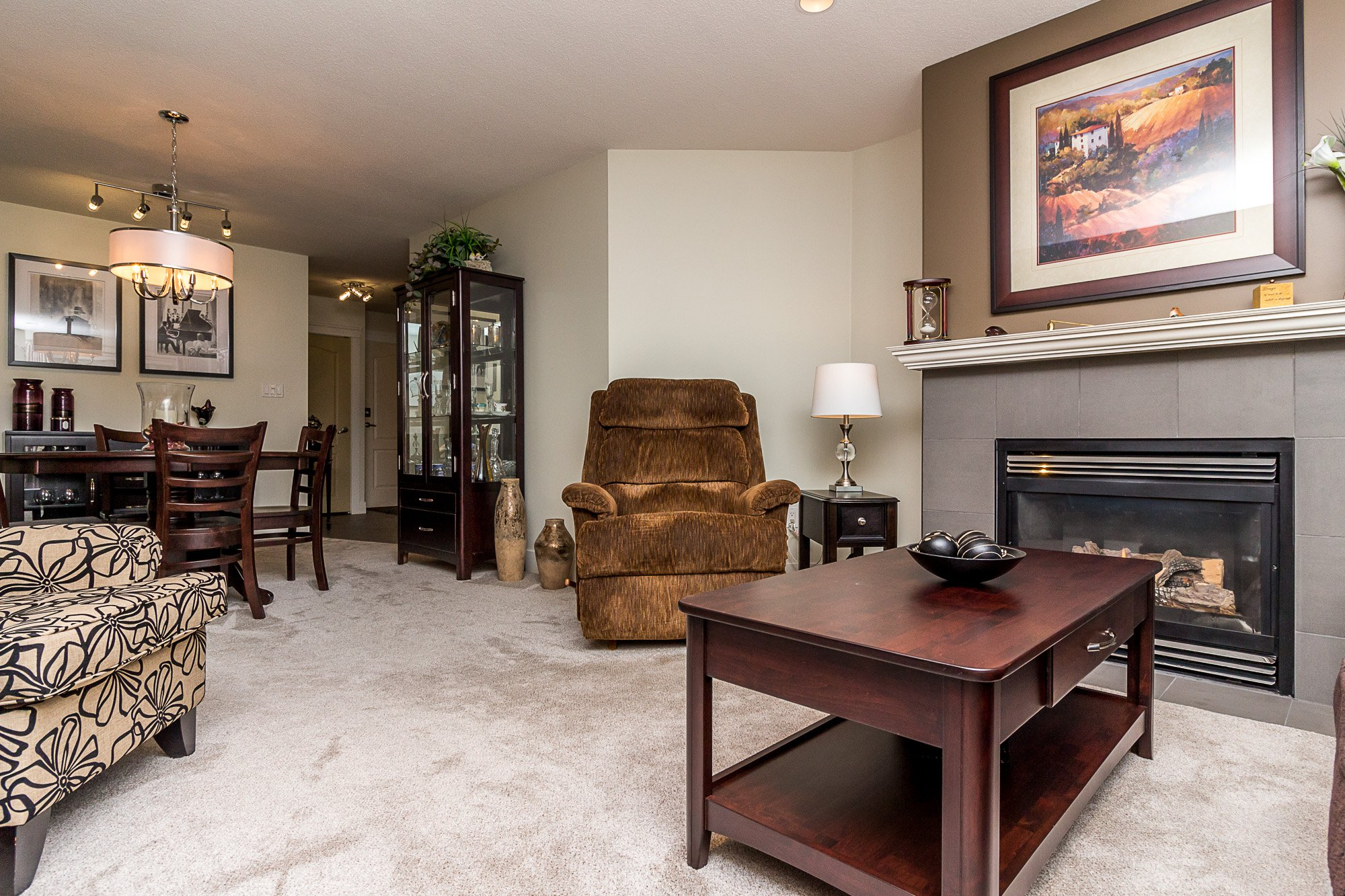 """Photo 3: Photos: 412 22022 49 Avenue in Langley: Murrayville Condo for sale in """"Murray Green"""" : MLS®# R2266359"""