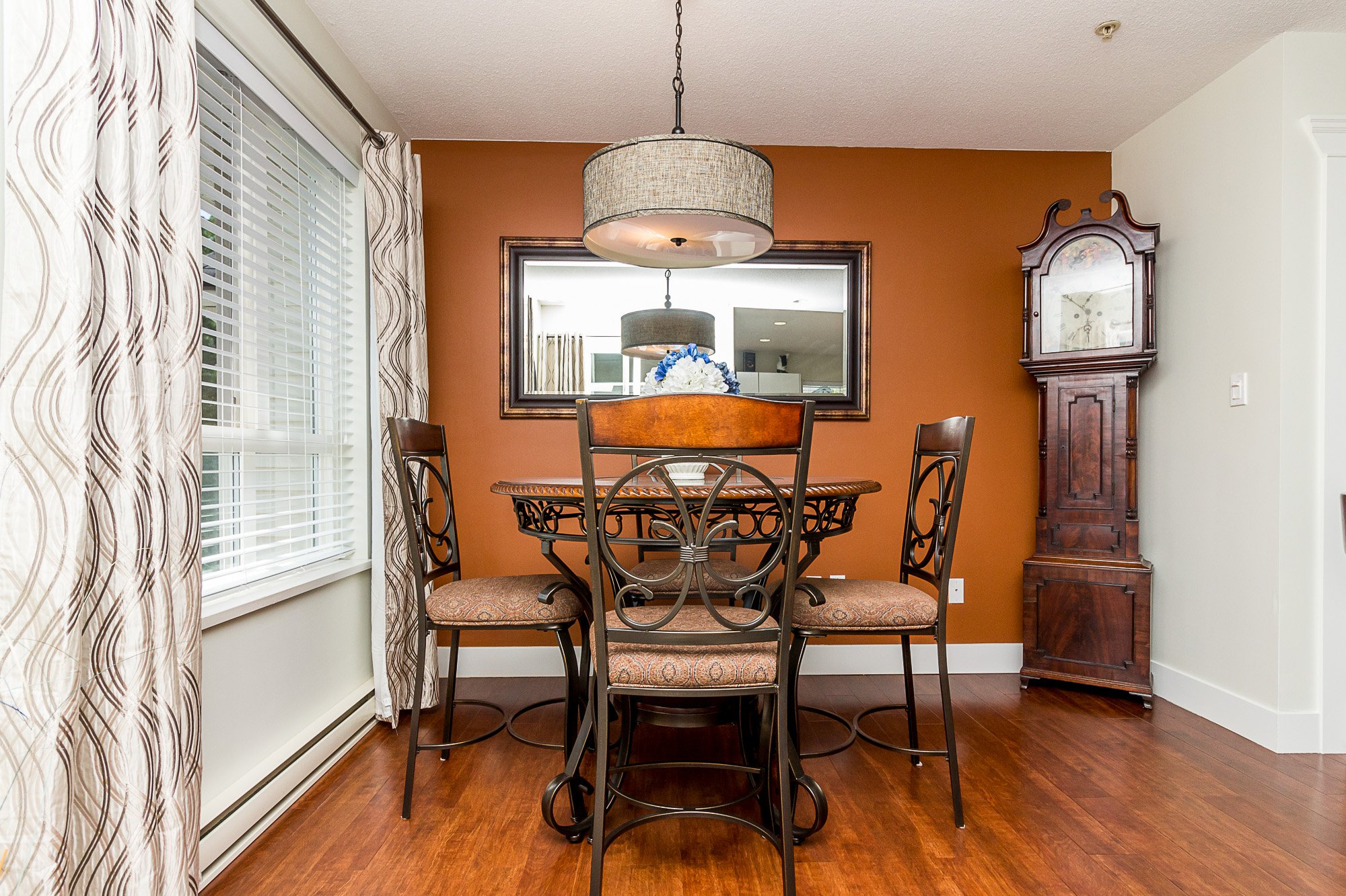 """Photo 10: Photos: 412 22022 49 Avenue in Langley: Murrayville Condo for sale in """"Murray Green"""" : MLS®# R2266359"""