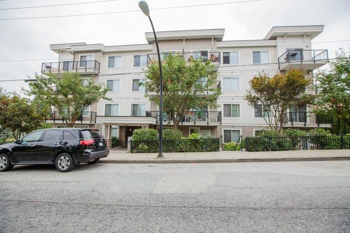 """Main Photo: 201 22290 NORTH Avenue in Maple Ridge: West Central Condo for sale in """"SOLO"""" : MLS®# R2294202"""