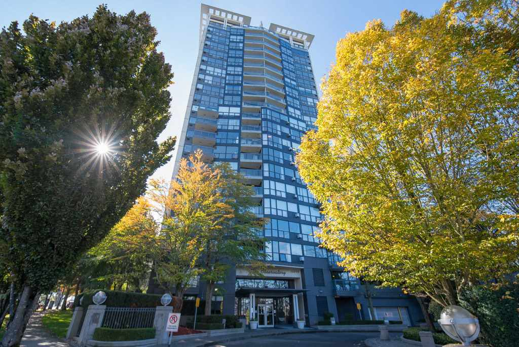 """Main Photo: 806 10899 UNIVERSITY Drive in Surrey: Whalley Condo for sale in """"THE OBSERVATORY"""" (North Surrey)  : MLS®# R2326478"""