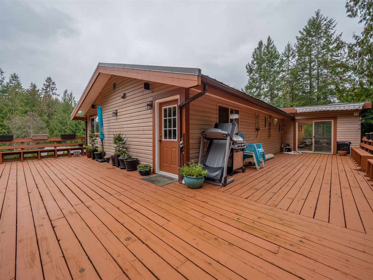 Photo 18: Photos: 12674 MERRILL Crescent in Pender Harbour: Pender Harbour Egmont House for sale (Sunshine Coast)  : MLS®# R2337589