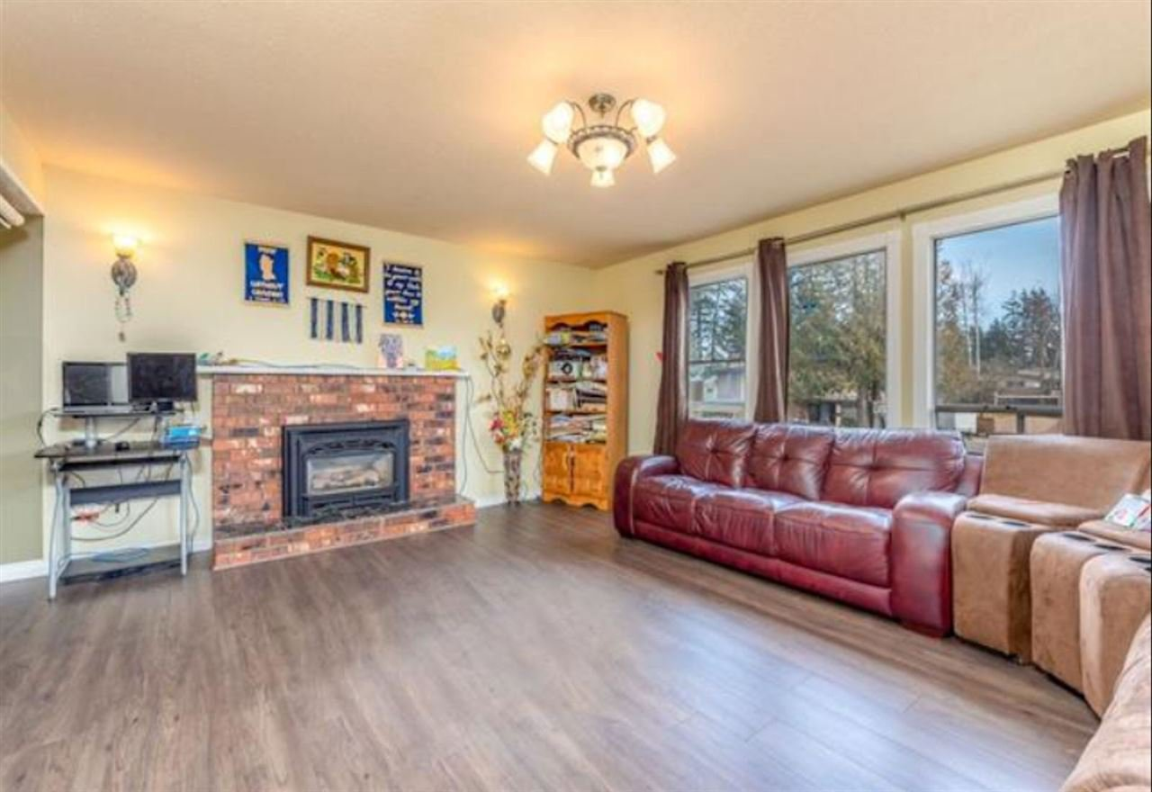 Photo 4: Photos: 3049 TIMS Street in Abbotsford: Abbotsford West House for sale : MLS®# R2354537