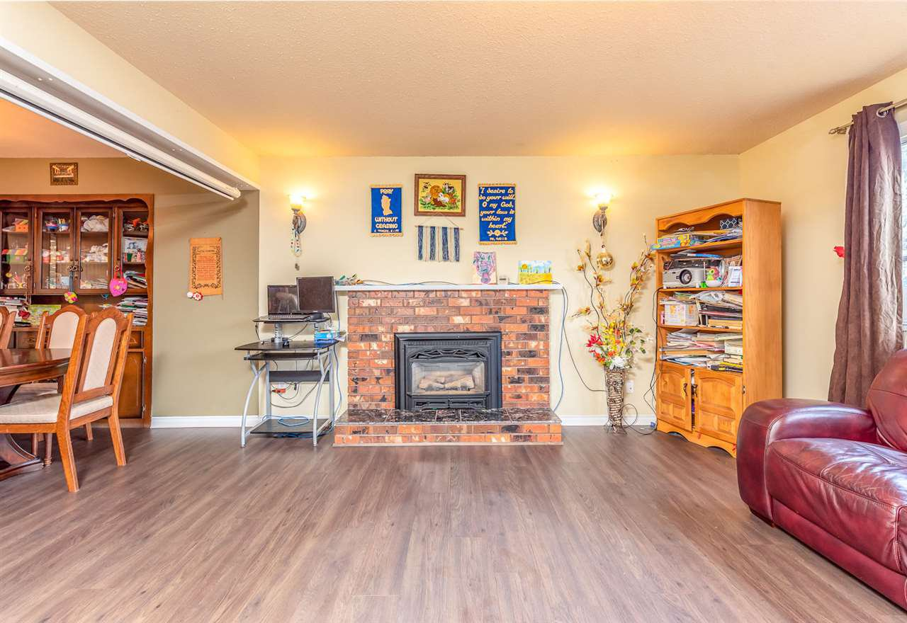 Photo 6: Photos: 3049 TIMS Street in Abbotsford: Abbotsford West House for sale : MLS®# R2354537