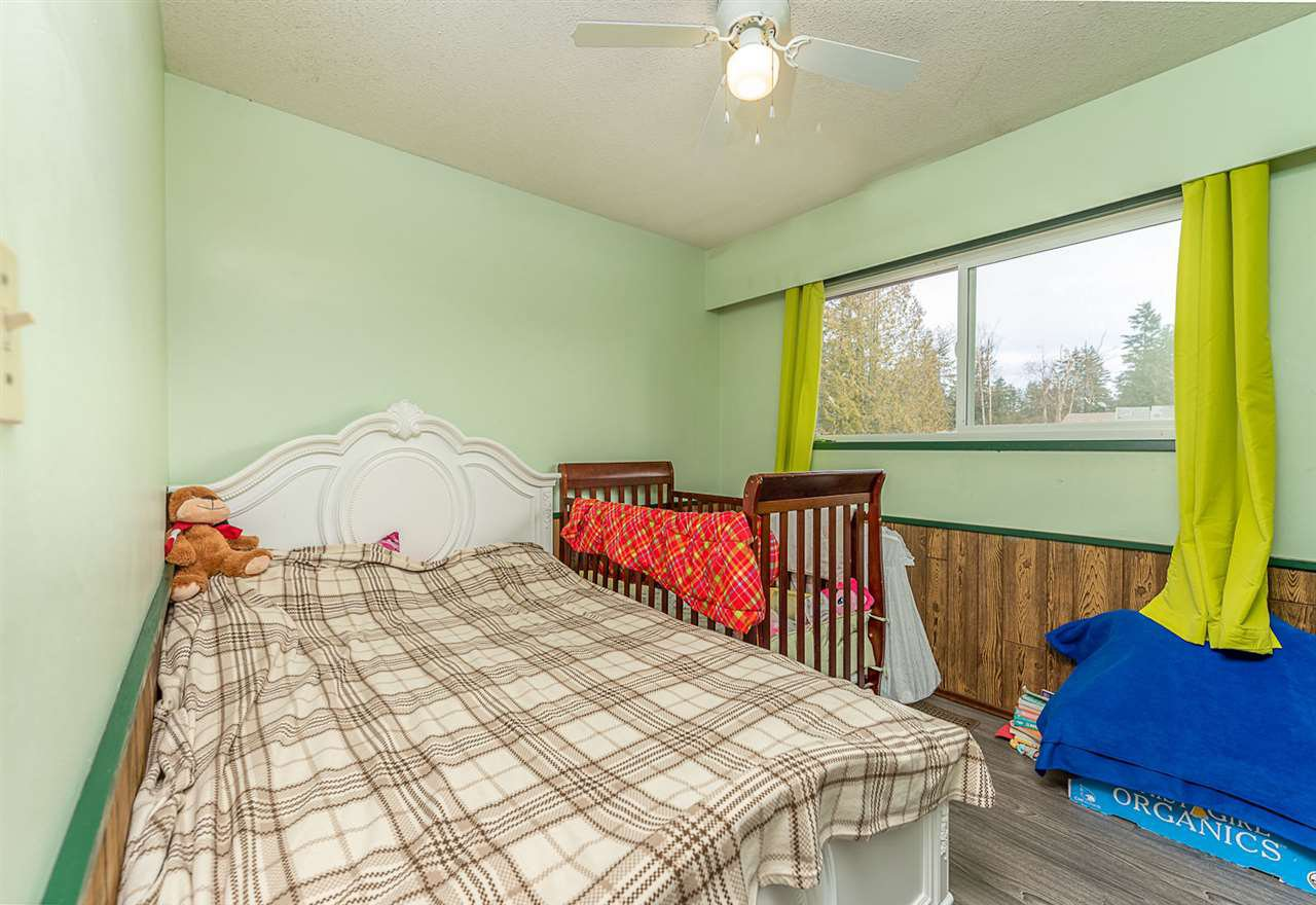 Photo 9: Photos: 3049 TIMS Street in Abbotsford: Abbotsford West House for sale : MLS®# R2354537