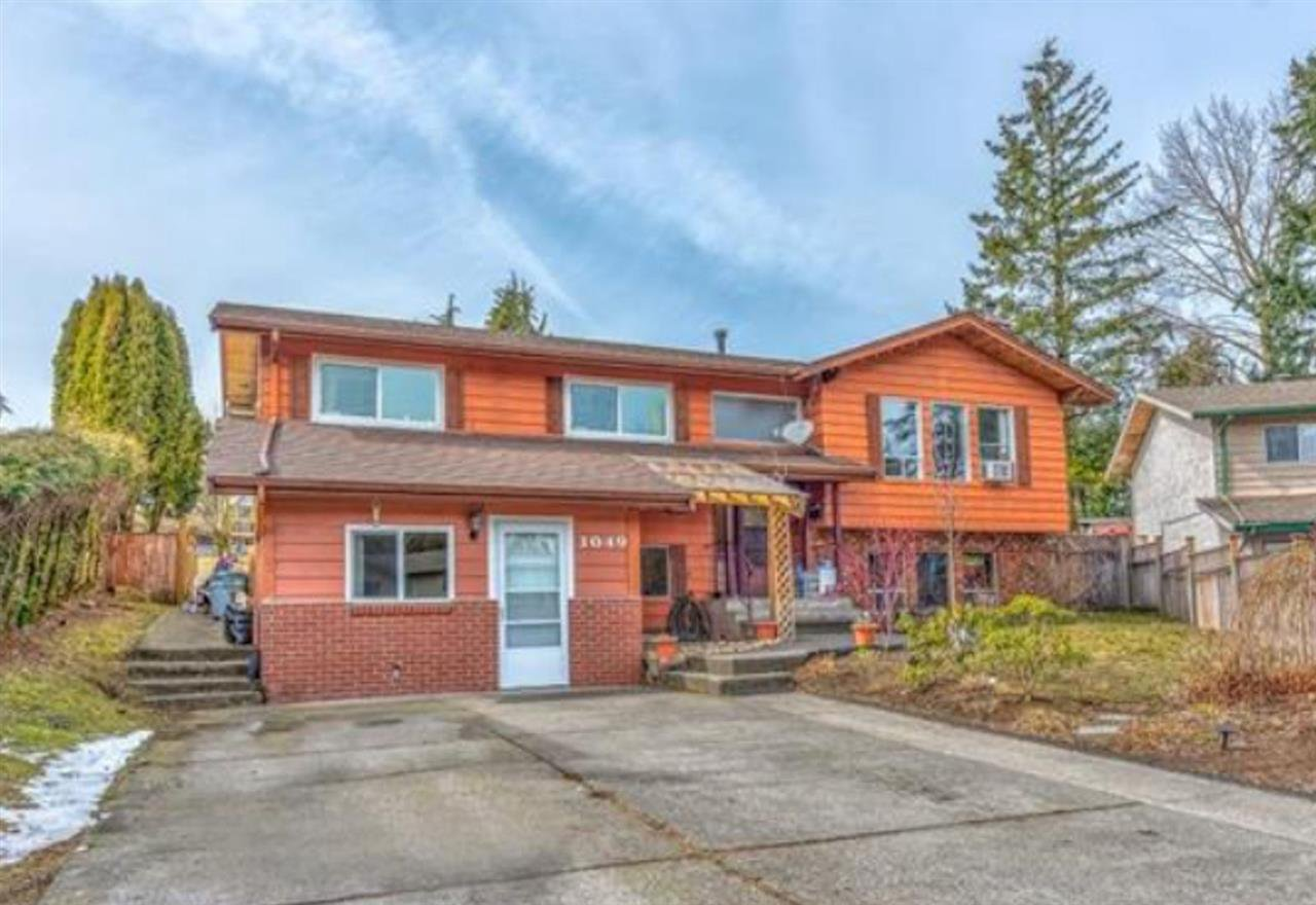 Main Photo: 3049 TIMS Street in Abbotsford: Abbotsford West House for sale : MLS®# R2354537