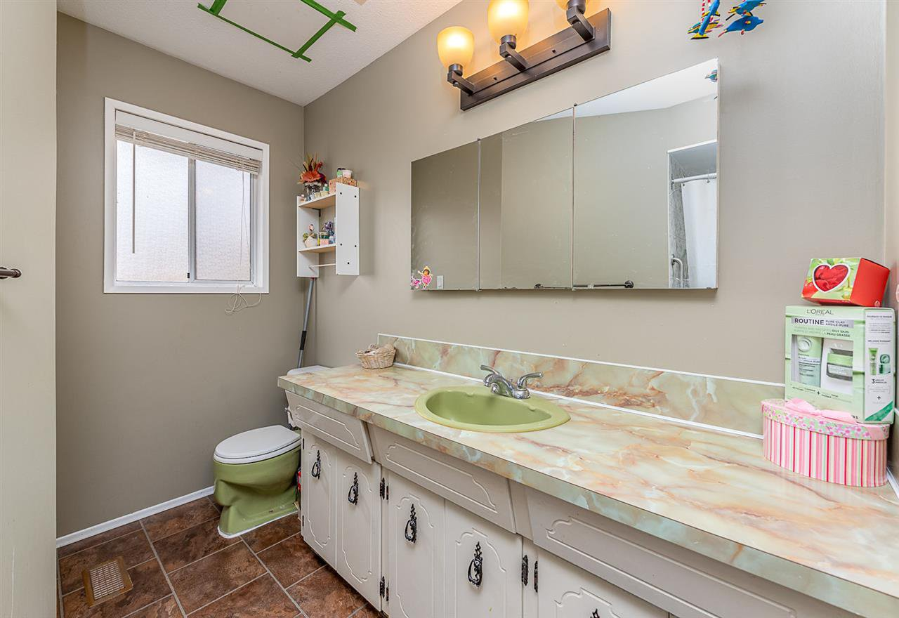 Photo 10: Photos: 3049 TIMS Street in Abbotsford: Abbotsford West House for sale : MLS®# R2354537
