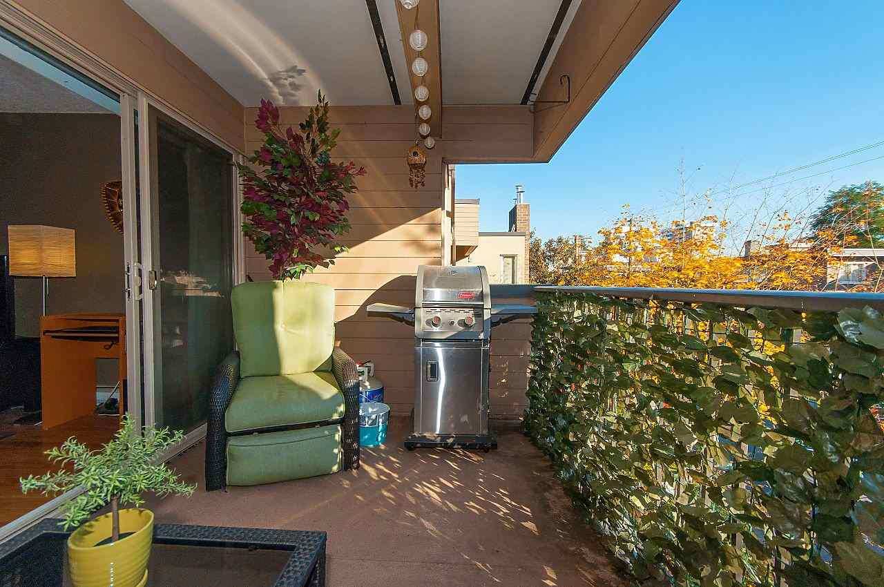 """Photo 16: Photos: 301 1260 W 10TH Avenue in Vancouver: Fairview VW Condo for sale in """"LABELLE COURT"""" (Vancouver West)  : MLS®# R2357702"""
