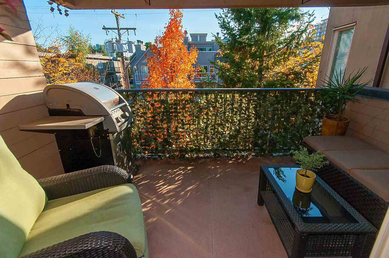 """Photo 14: Photos: 301 1260 W 10TH Avenue in Vancouver: Fairview VW Condo for sale in """"LABELLE COURT"""" (Vancouver West)  : MLS®# R2357702"""