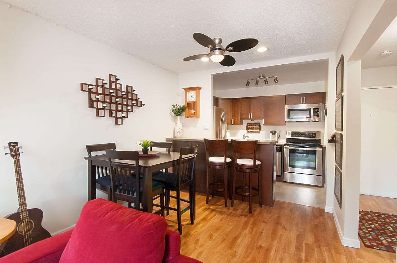 """Photo 5: Photos: 301 1260 W 10TH Avenue in Vancouver: Fairview VW Condo for sale in """"LABELLE COURT"""" (Vancouver West)  : MLS®# R2357702"""