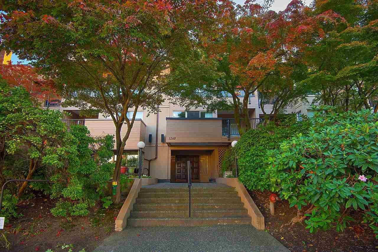 """Photo 19: Photos: 301 1260 W 10TH Avenue in Vancouver: Fairview VW Condo for sale in """"LABELLE COURT"""" (Vancouver West)  : MLS®# R2357702"""