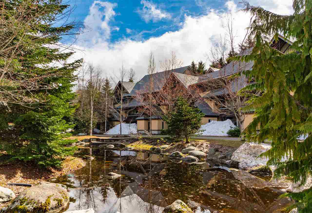"Main Photo: 70 4335 NORTHLANDS Boulevard in Whistler: Whistler Village Townhouse for sale in ""Lagoon"" : MLS®# R2386371"