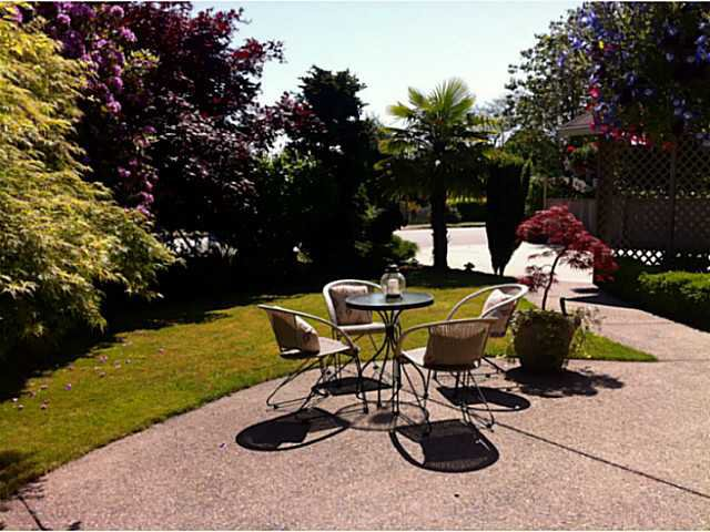 """Photo 4: Photos: 1397 TATLOW Avenue in North Vancouver: Norgate House for sale in """"Norgate"""" : MLS®# V1068905"""